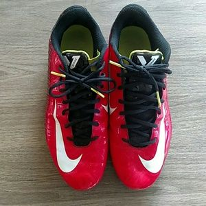 Nike Strike Cleats Black & Red size 10
